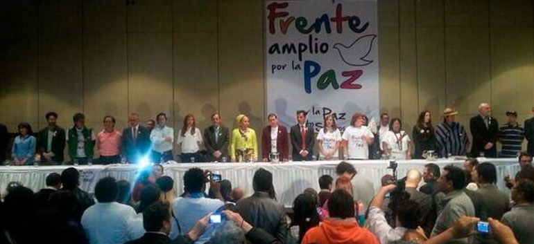 Newly formed Broad Front for Peace pushes Colombian left to 'vote for peace, not Santos'