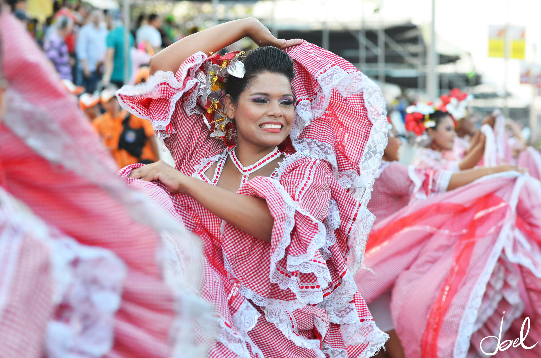 Cumbia dancers at the flower parade (Photo: Joel Duncan)
