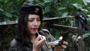 Female FARC fighter (Image credit: Noticias 24)